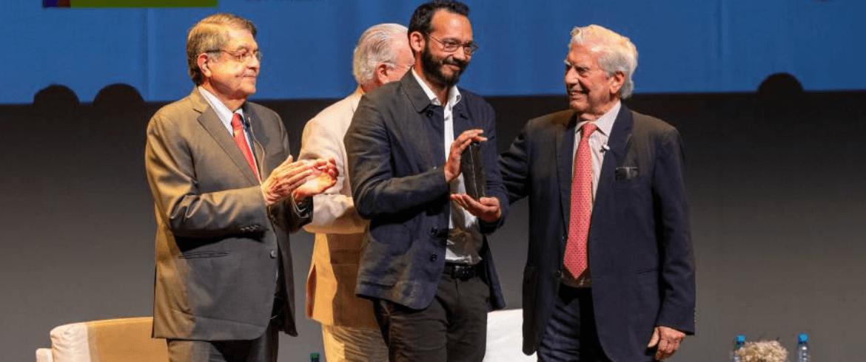 La novela The Night ganadora de la III Bienal Mario Vargas Llosa